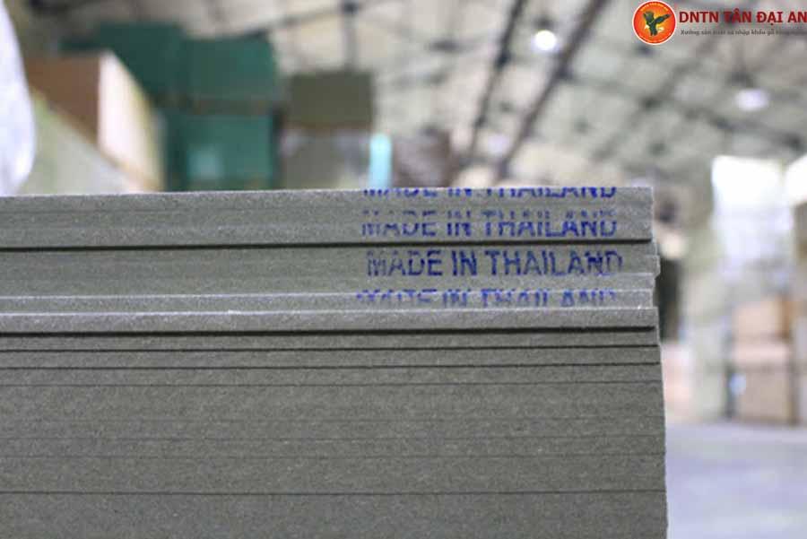 gỗ mdf lõi xanh thái lan
