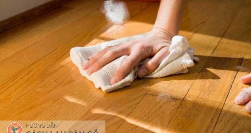 cách lau sàn gỗ